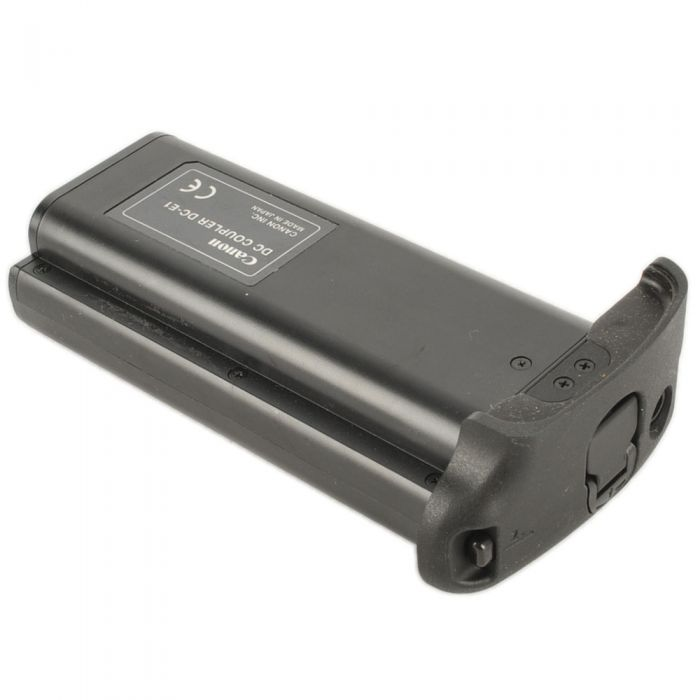Canon DC-E1 DC Coupler (1D/1DS/1D Mark II) /Requires AC Adapter PA-V16