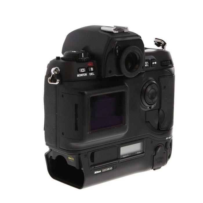 Nikon D1 DSLR Camera Body {2.65MP}
