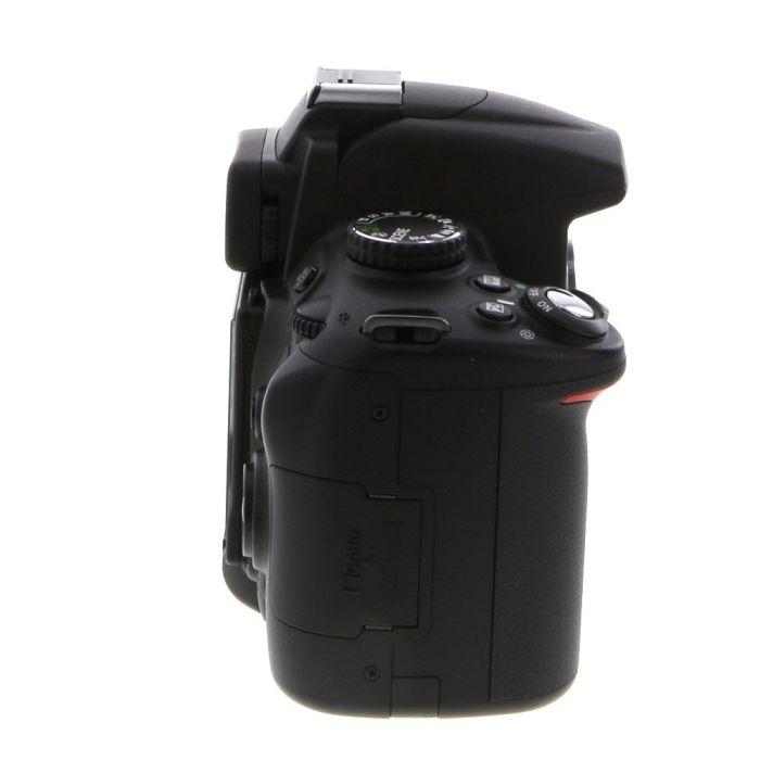 Nikon D5000 DSLR Camera Body {12.3MP}