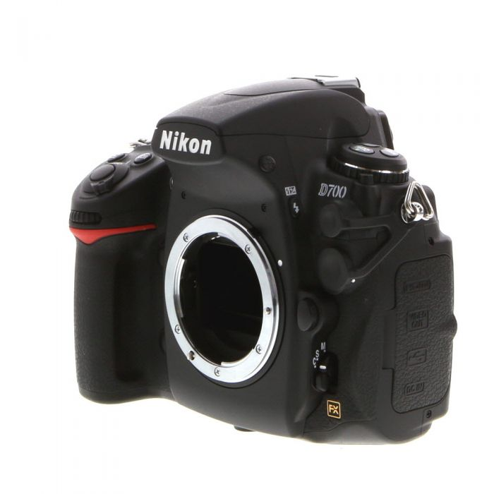 Nikon D700 DSLR Camera Body {12.1MP}