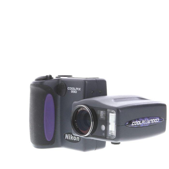 Nikon Coolpix 990 Digital Camera, Black {3.34MP}