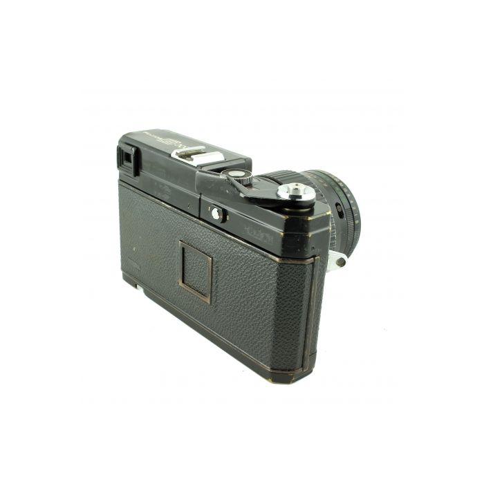 Fuji G690 BL Medium Format Camera, With 100mm f/3.5 Lens (72)
