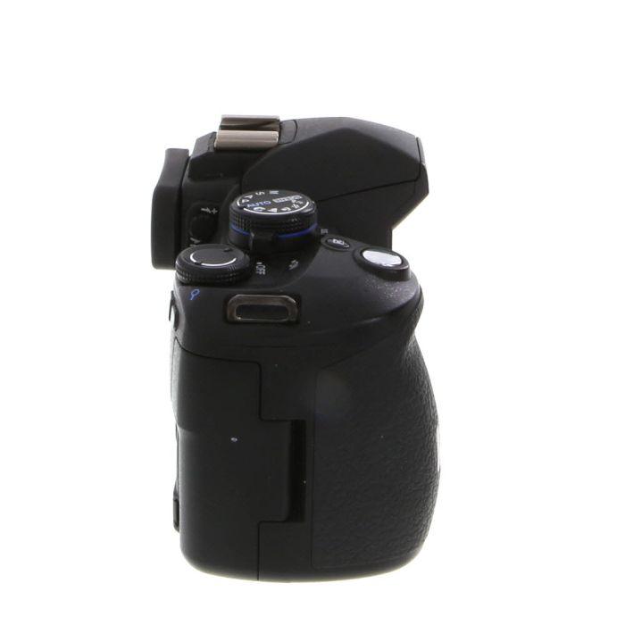 Olympus E-520 Four Thirds DSLR Camera Body {10MP}