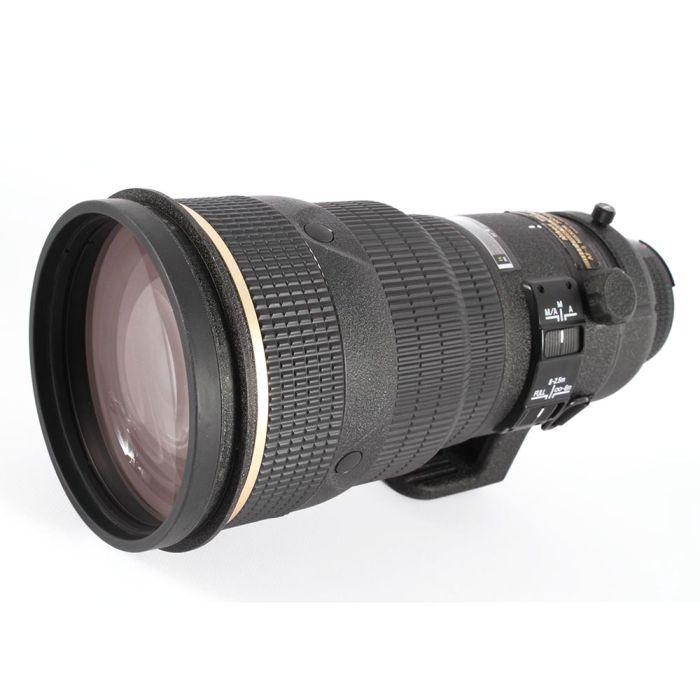 Nikon AF-S Nikkor 300mm f/2.8 D ED Autofocus IF Lens, Black {Gel Filter Holder}