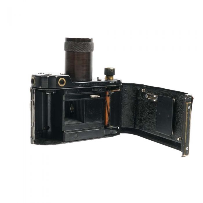 Robot Luftwaffen Eigentum Black with 4cm F/2 Biotar Jena Chrome Lens, 35mm Camera