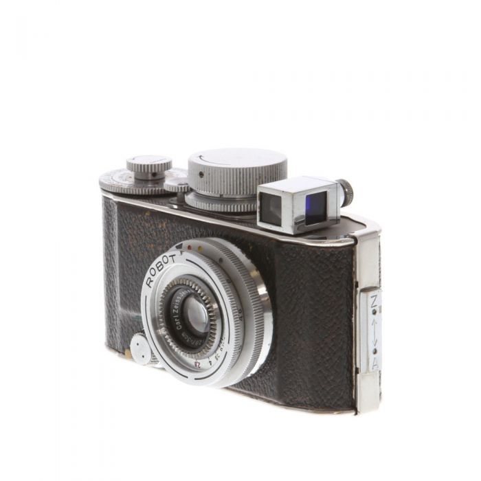 Robot I Chrome Camera (Berning) with Zeiss 3cm f/3.8 Tessar Lens, Take-up Cassette, and Case with Exposure Dial