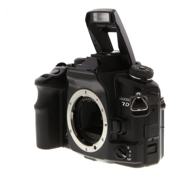 Konica Minolta Maxxum 7D Digital Camera Body {6MP}