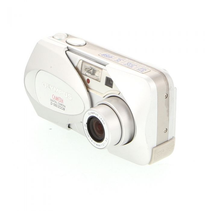 Olympus D-560 Zoom Digital Camera (Camera Only) {3.2MP}