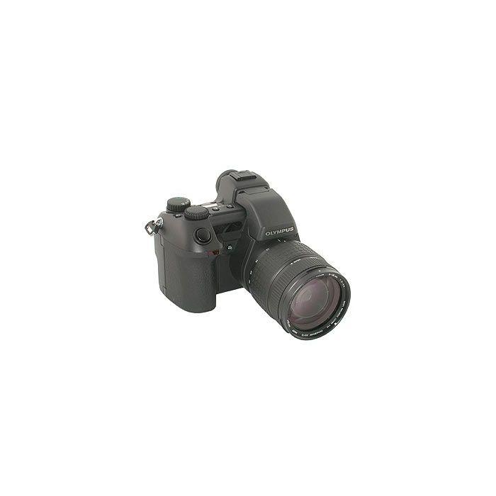 Olympus E-10 Digital Camera {4 M/P}