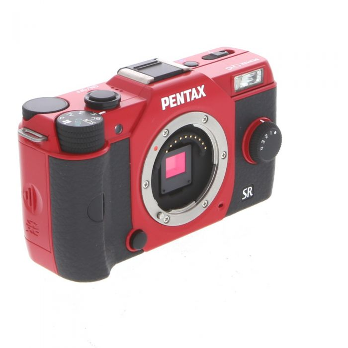 Pentax Q10 Mirrorless Digital Camera, Red with Black Grips, 5-15mm F/2.8-4.5 ED AL IF Lens, Silver (40.5) {12.4 M/P}