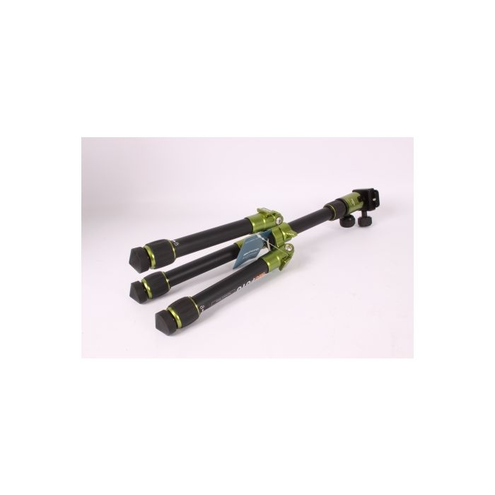MeFoto A-0320Q00G Daytrip Tripod 2-Section, Green,  9.4-24\
