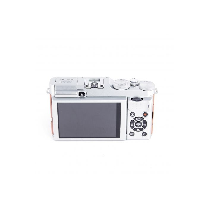 Fujifilm X-M1 Mirrorless Digital Camera Body, Silver/Brown Leatherette {16.3MP}