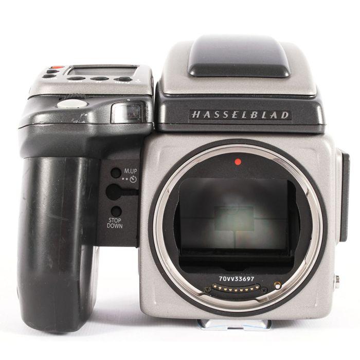 Hasselblad H4X Medium Format DSLR Camera Body with HV 90X-II Finder, Battery Grip