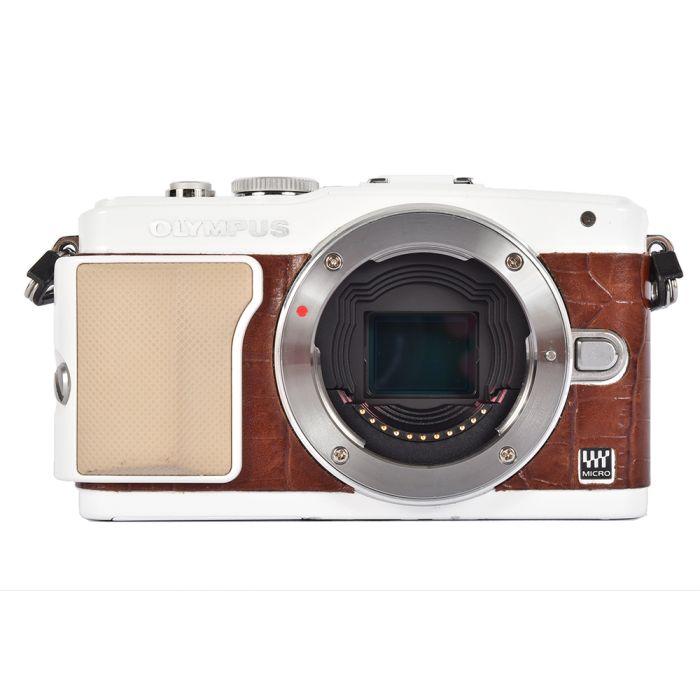 Olympus PEN E-PL5  Mirrorless Micro Four Thirds Digital Camera Body, White/Brown Leather {16MP}