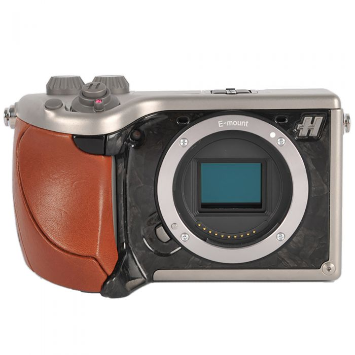 Hasselblad Lunar Mirrorless Digital Camera {24.3MP} with 18-55mm f/3.5-5.6 OSS Lens {49} Brown Tuscan Leather Grip