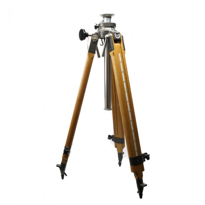 Bromwell Wooden Tripod Legs with Geared Leveling Center Column, 2-Section, 38-70.5\