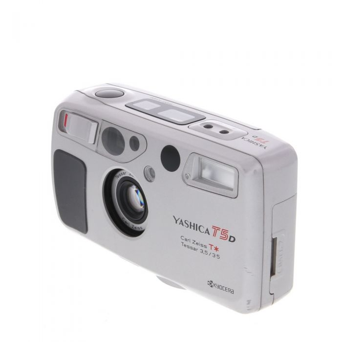 Yashica T5 D (Databack) with 35mm F/3.5 Zeiss Tessar T*, Silver