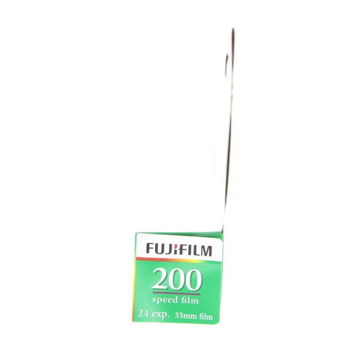 Fujifilm FujiColor CA-135-24 (ISO 200) 35mm Color Negative Film