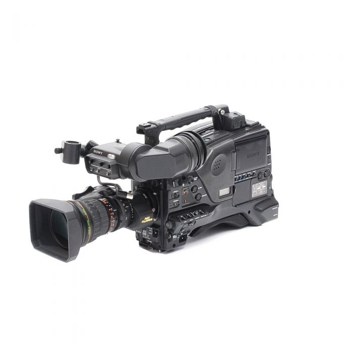 Sony PDW-700 XDCAM HD Camcorder with 7.6-137mm F/1.8 HD Fujinon 2/3-inch Type Bayonet Mount Digi Power Zoom Lens, HDVF-200 Electronic Viewfinder, Rolling Hard Case