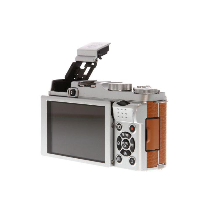 Fujifilm X-A2 Mirrorless Digital Camera, Silver/ Brown Leatherette {16.3MP}
