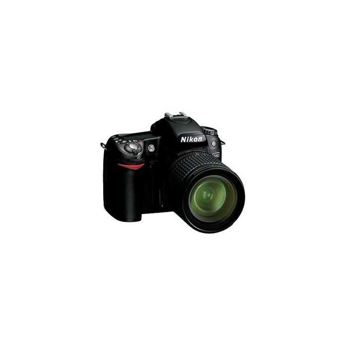 Nikon D80 Digital SLR Camera with 18-135mm f/3.5-5.6 G Lens {10.2MP}