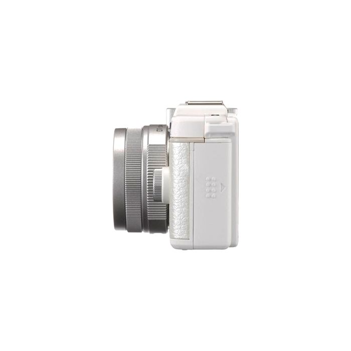 Pentax Q Mirrorless Digital Camera, White, With 8.5mm f/1.9 AL [IF] Lens, Silver (40.5){12.4 M/P}